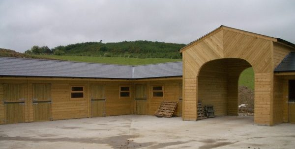 timber buildings stables outbuildings